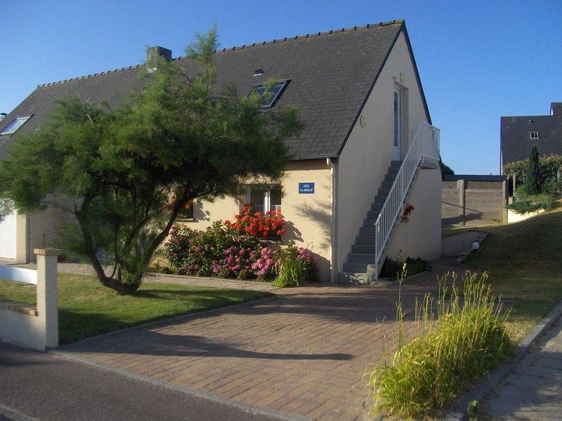 Ferienwohnung Gouville sur Mer für 1 - 4 Personen mit 3 Schlafzimmern - Ferienwo, vacation rental in Gouville-sur-Mer