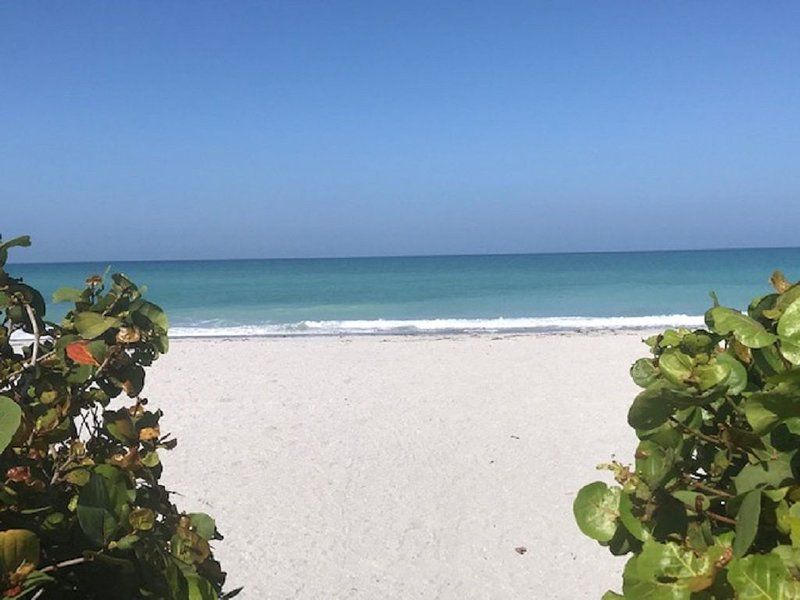 Sand in Your Toes . . . Right Out Your Front Door!, vacation rental in Englewood