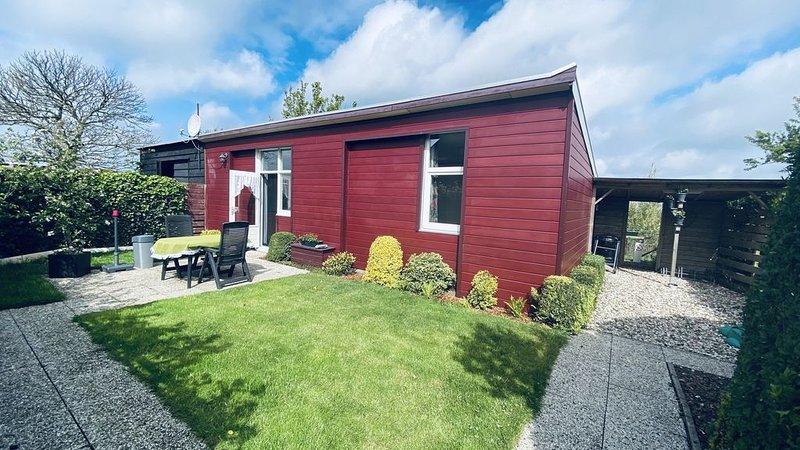 Gemütliches 4-Personen-Ferienhaus in Scharendijke in der Nähe von Noordwelle und, holiday rental in Zierikzee