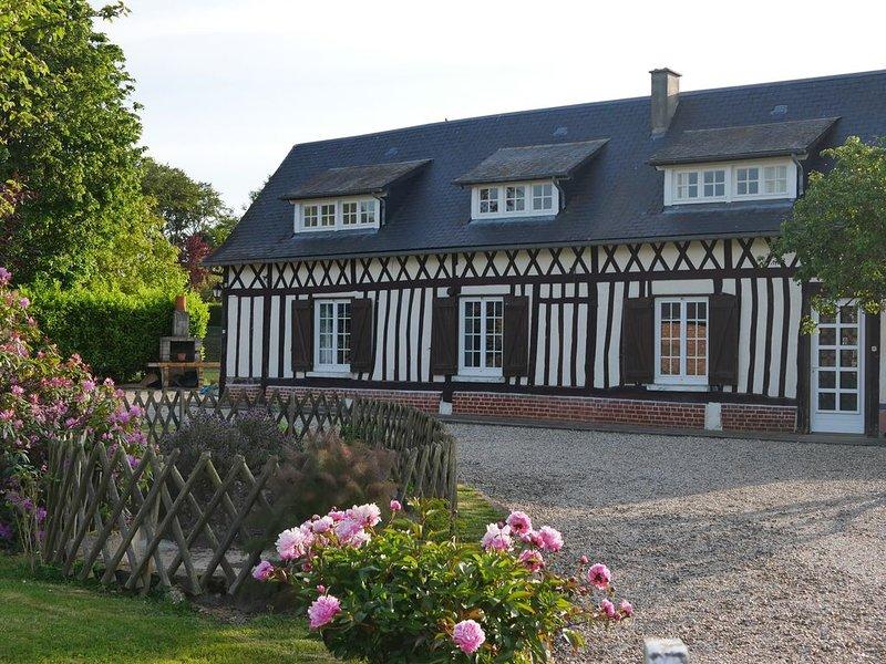 Gîte Euphrasie, Longère normande proche de la mer, holiday rental in Bretteville-Saint-Laurent