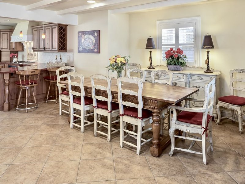 6 Bedroom Large Luxury House  - Block from Beach!  -, holiday rental in Pismo Beach