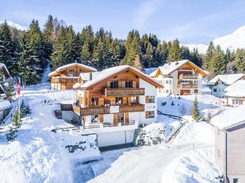 Ferienwohnung Parsonz (Savognin) für 8 Personen mit 3 Schlafzimmern - Ferienwohn, holiday rental in Wergenstein