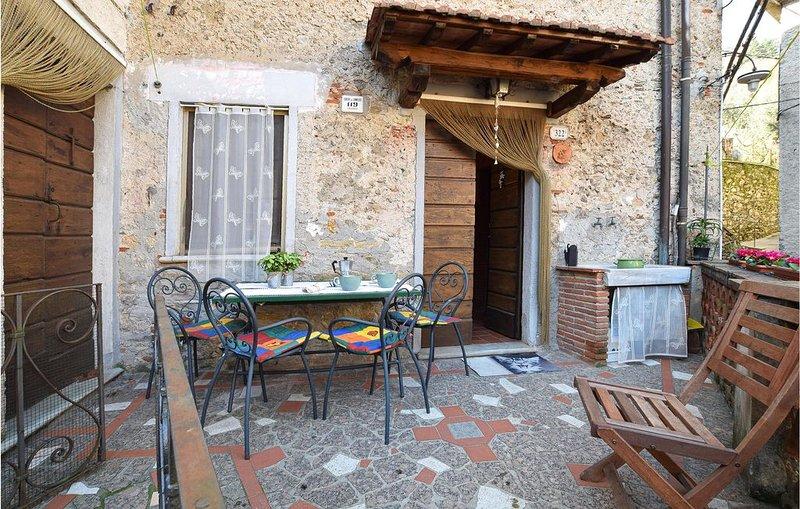 3 Zimmer Unterkunft in Camaiore, holiday rental in Stazzema
