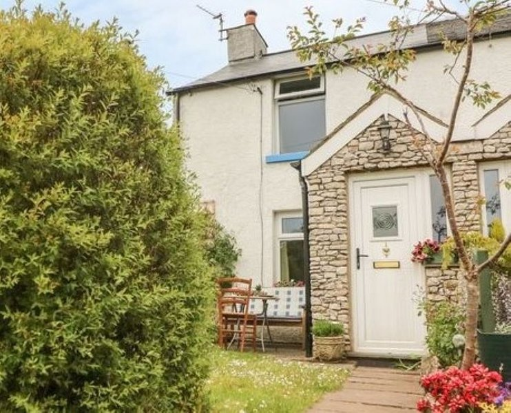 Peaceful Sunnybank Cottage, vacation rental in Newton in Furness
