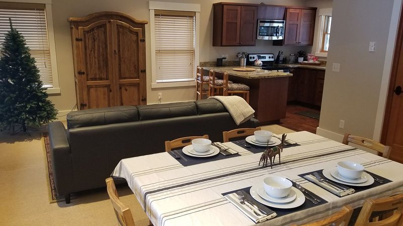 Guest House-Recently Upgraded!, holiday rental in Jackson