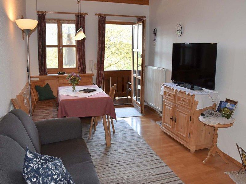 Nr. 5 Ferienwohnung, 40 qm Obergeschoss, 1 separates Schlafzimmer – semesterbostad i Prien am Chiemsee