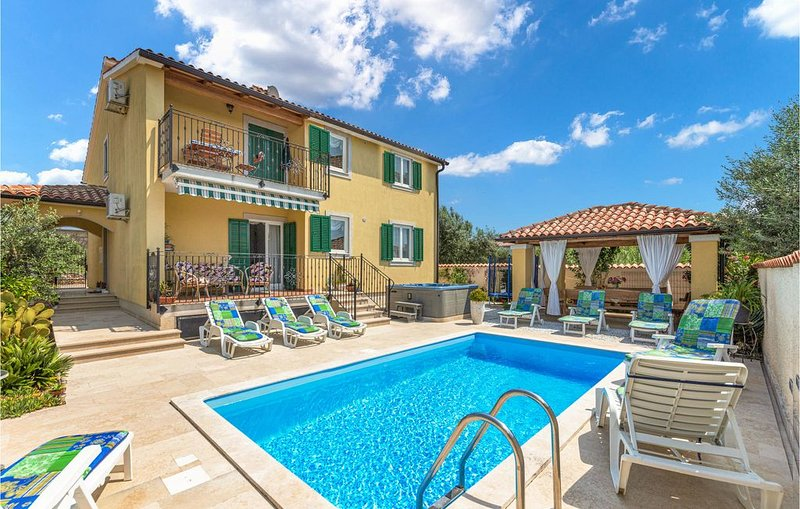 1 Zimmer Unterkunft in Fondole, holiday rental in Galizana