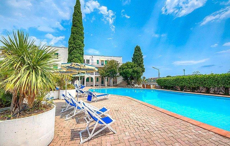1 Zimmer Unterkunft in Pietra Ligure, holiday rental in Pietra Ligure