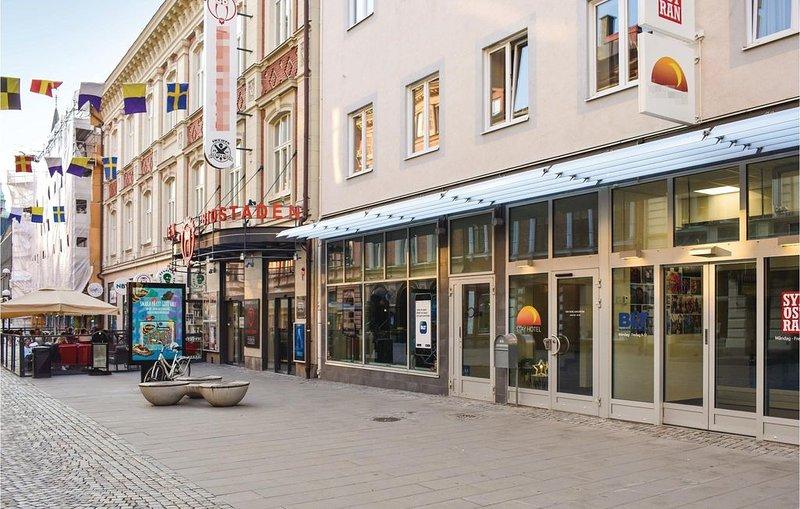 1 Zimmer Unterkunft in Karlskrona, holiday rental in Ronneby