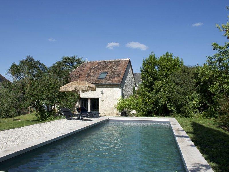 Chambre d'hôtes proche de Chenonceau et du zoo de Beauval, holiday rental in Cere La Ronde