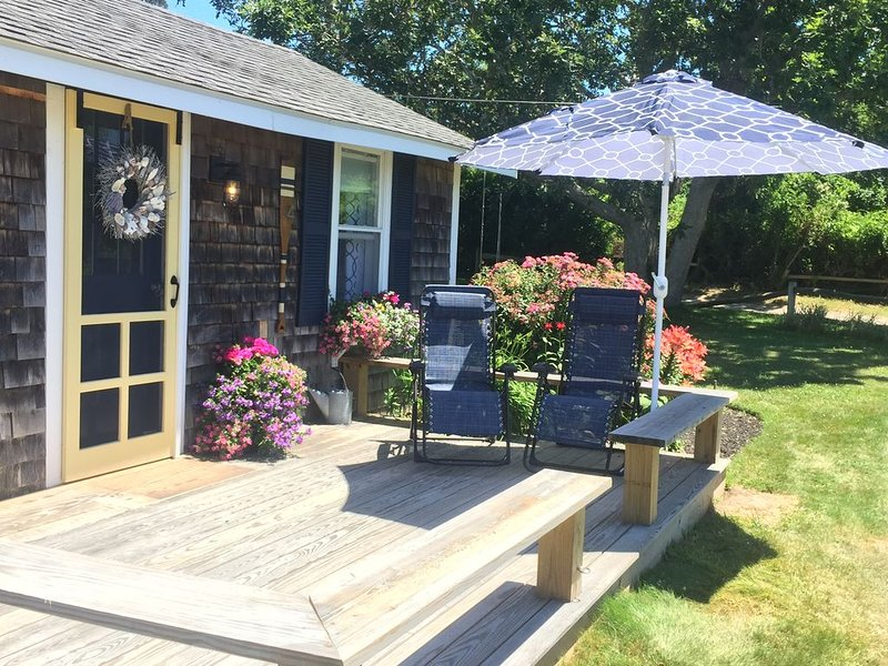 Private Beach - Beachside Cottage on Barnstable Harbor, holiday rental in Barnstable