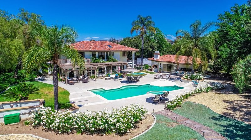 A Writer's Hideaway and Private Escape for the Hollywood Elite., casa vacanza a Thousand Oaks