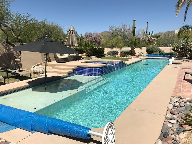 Schmarantine in Ritually Pure Style in North Scottsdale, Ferienwohnung in Carefree