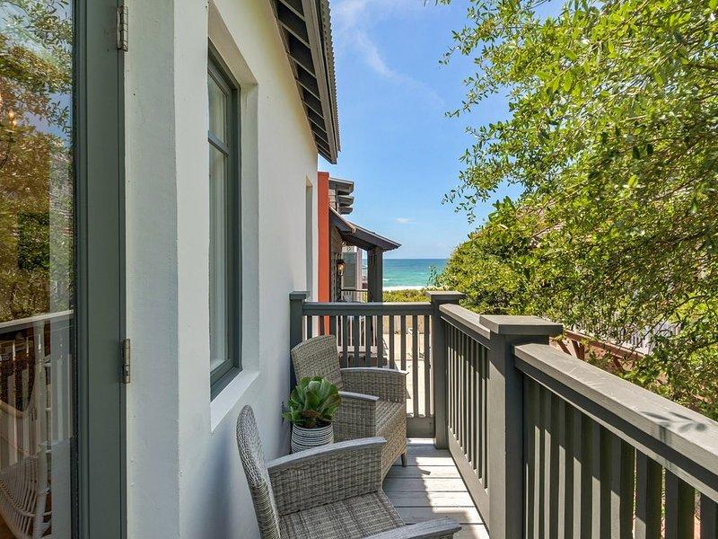 Ultimate Getaway!!! Gulf Views-Stylish Decor- Steps to the Beach-2 Bikes, holiday rental in Rosemary Beach