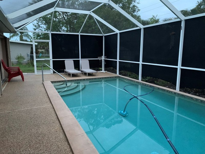 Beautiful Home In Venice Florida, Private Heated Pool Minutes From the Beach, location de vacances à Venise