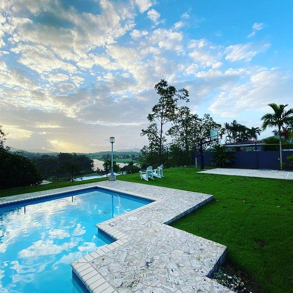 Lake & Mountain View near San Juan, vacation rental in Trujillo Alto