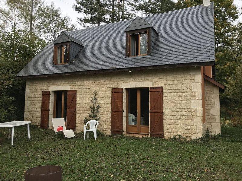 Grange rénovée  dans un havre de paix, vacation rental in Juncalas