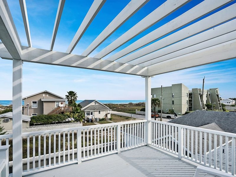Amazing ocean views from the private deck above the house