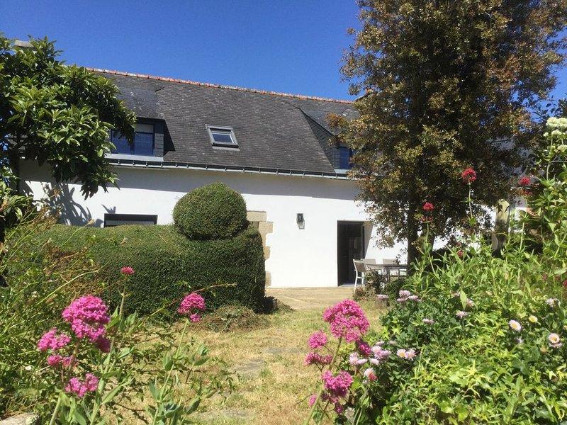 maison de charme au calme proche du GR 34 et de la côte sauvage, holiday rental in Moelan sur Mer