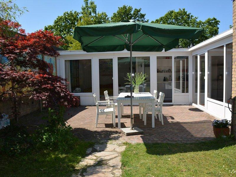Geschmackvoll, gemütlich eingerichtetes Ferienhaus  für 2 Personen in Strandnähe, vacation rental in Schagerbrug