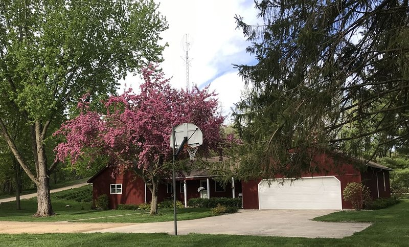 2 Rivers Ranch House, vacation rental in Mankato