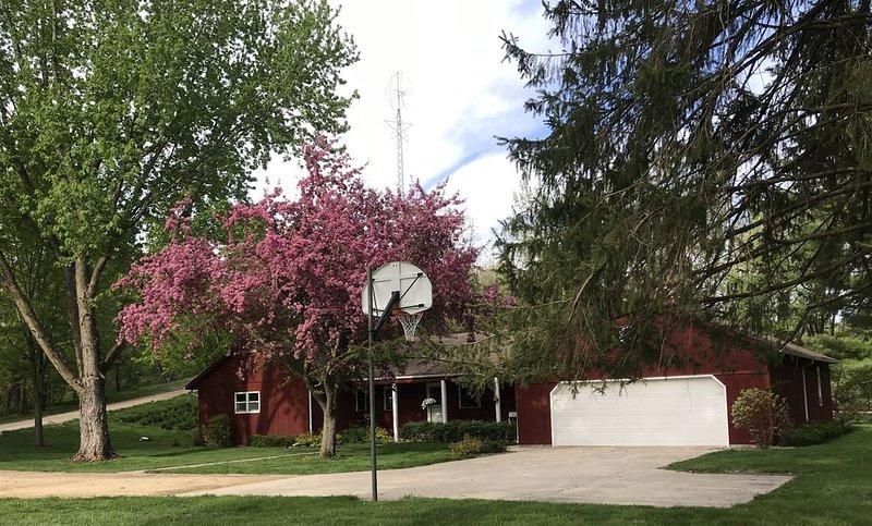 2 Rivers Ranch House, alquiler de vacaciones en Mankato