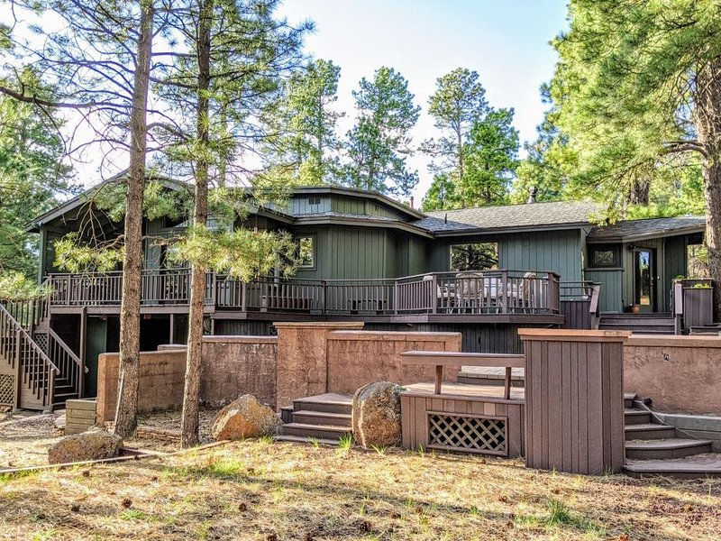 *Peace+Pines Paradise* - Cozy Luxury in the Forest, holiday rental in Bellemont