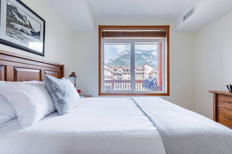 Wake up to a stunning view of the mountains