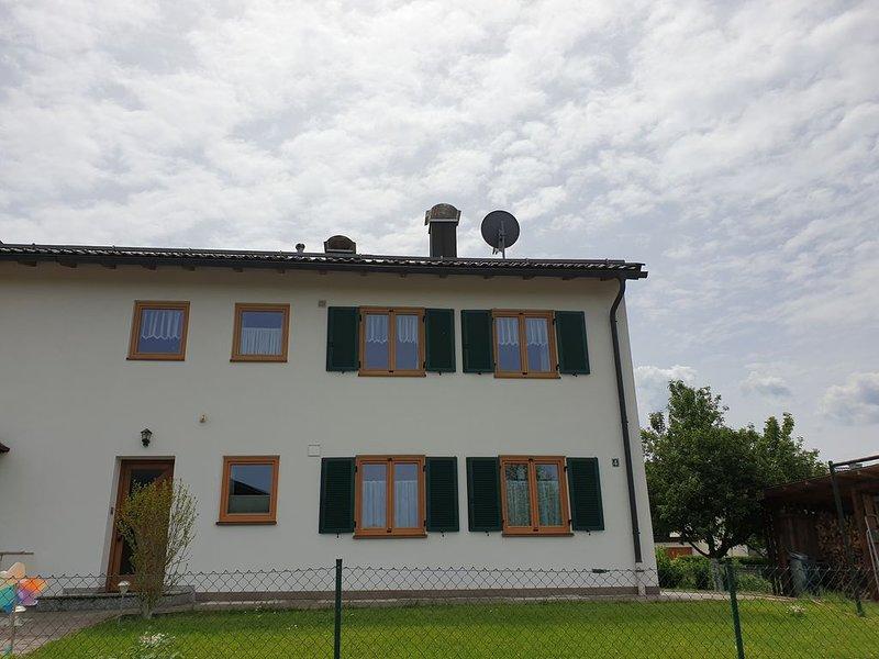 Ferienwohnung zwischen Tegernsee und Schliersee, location de vacances à Feldkirchen-Westerham
