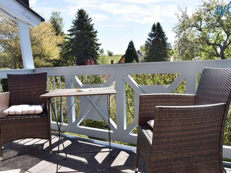 Komfortable Maisonettewohnung mit sonnigem Südbalkon!, holiday rental in Sellin