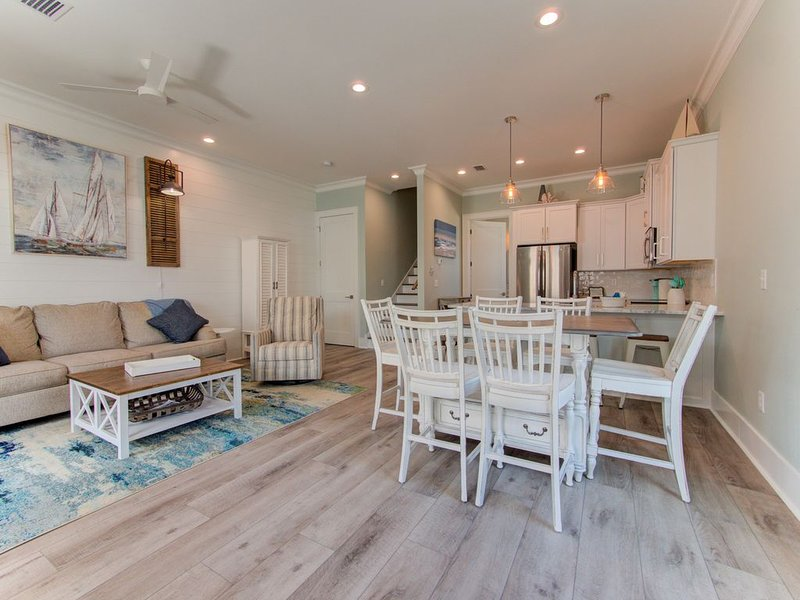 Spacious New Construction Cottage, alquiler de vacaciones en Gulf Shores