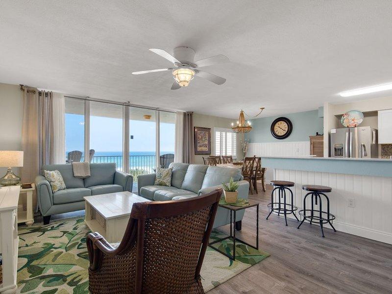 2 King Beds, Beachfront, Gulf View, Free Beach Service, alquiler vacacional en Fort Walton Beach