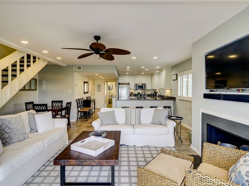 GORGEOUS Ocean View Seagrove Villa- Right Next to Resort Center!, holiday rental in Isle of Palms