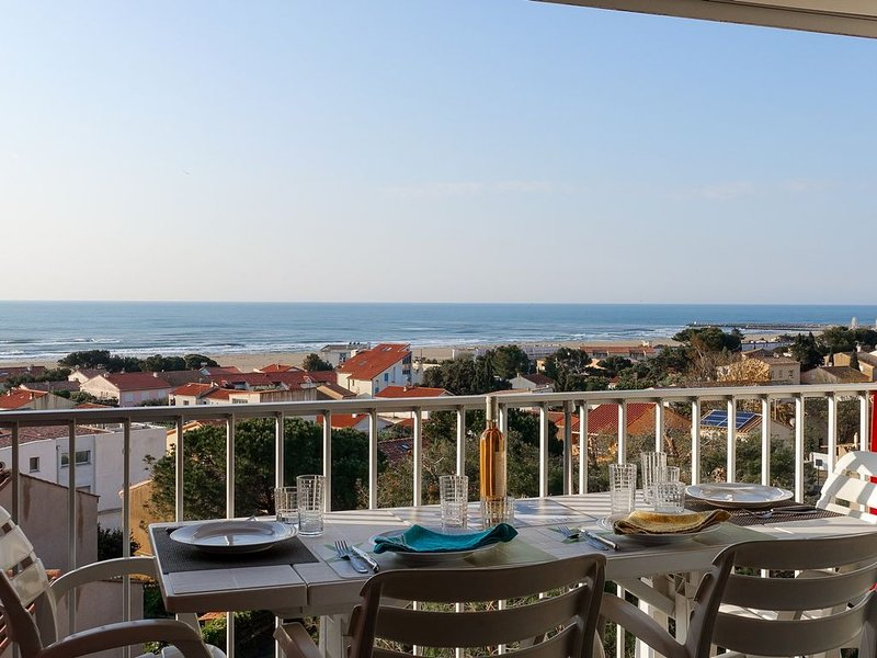 Appartement Vue Mer Panoramique, holiday rental in Fleury