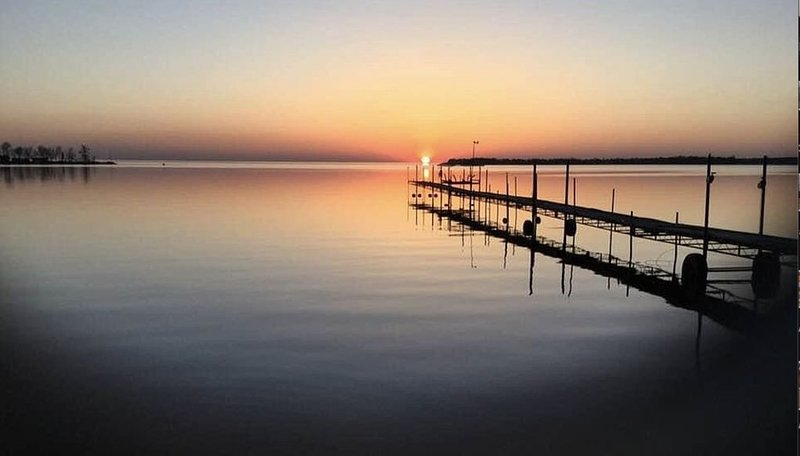 Cozy Cabin on Sunset Bay - Mille Lacs Lake, holiday rental in Vineland