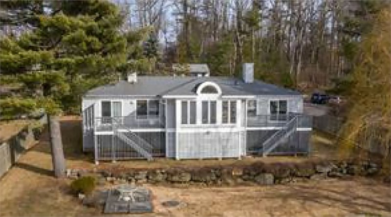 Lake House on the Cleanest Lake in CT, vacation rental in Harwinton