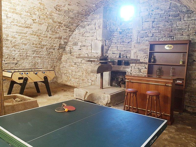 Très beau gîte dans le Jura pour 8 personnes, location de vacances à Baume-les-Messieurs