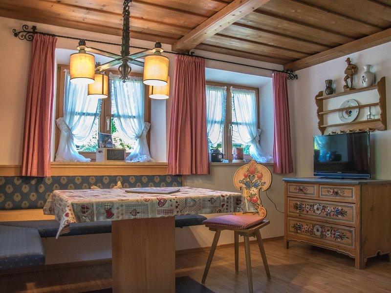 Ferienwohnung Nr.4, für 2 Personen mit Sitzbereich im Garten, holiday rental in Sankt Koloman