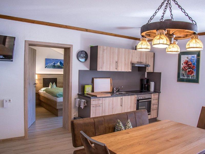 Ferienwohnung Nr.1, für bis zu 4 Personen mit Balkon, holiday rental in Sankt Koloman