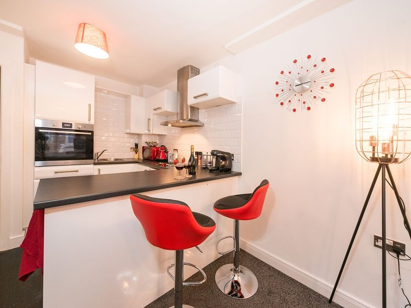 POSH PARLOUR  BY JESOUTH, holiday rental in Kingston-upon-Hull