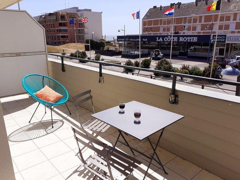 Appartement avec terrasse au centre d'Hardelot Plage, prox mer, 1 à 4 personnes, holiday rental in Condette