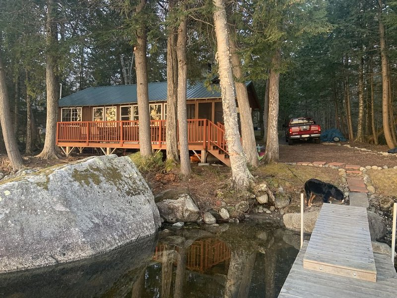 Rustic Maine Camp on shores of Great Moose Lake, vacation rental in Harmony