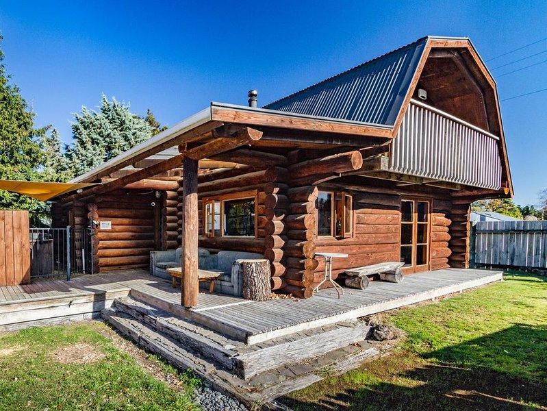 Cosy Warm Log Cabin - Ohakune Holiday Home, alquiler vacacional en Raetihi