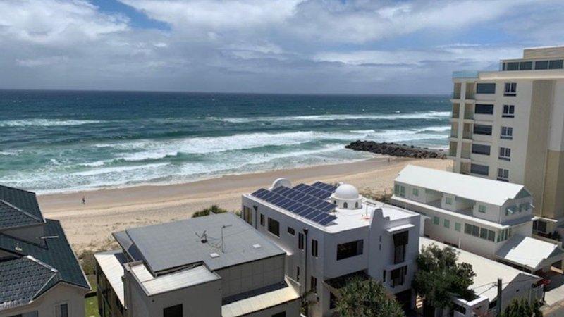 Seascape 20 - Ocean views - Palm Beach, holiday rental in Tallebudgera