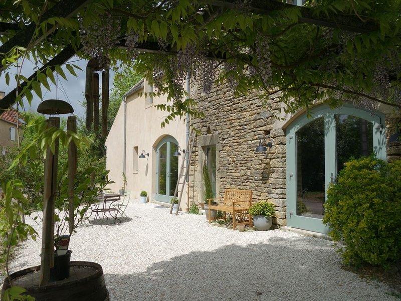 Gite de charme - La Coline Etoilée - Vézelay, holiday rental in Vault-de-Lugny