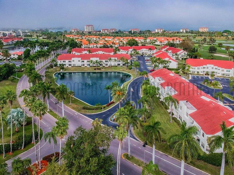 Charming Golf Course View Condo! Vista Verde East - Premium, holiday rental in Tierra Verde