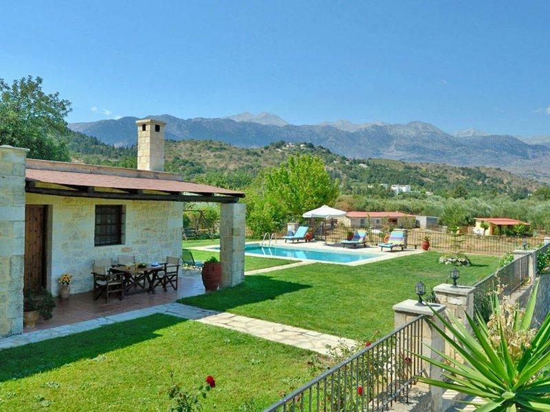 Stone Villa Schinus-Meet the Cretan Way of Living!, vacation rental in Maza