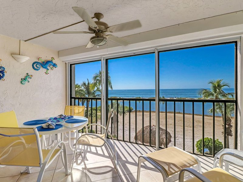 Gorgeous Gulf front Condo, holiday rental in Fort Myers Beach