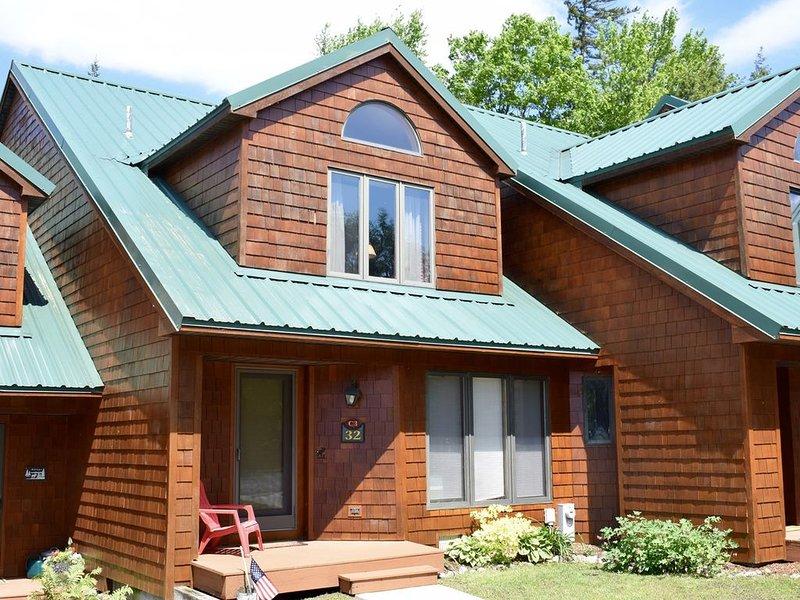 Townhome C3 - 4th Lake, casa vacanza a Eagle Bay