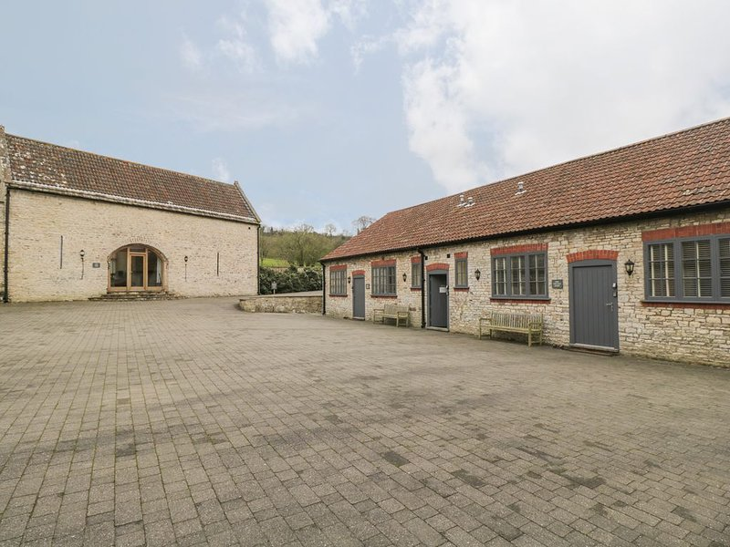 The Dove Barn, BITTON, holiday rental in Dyrham